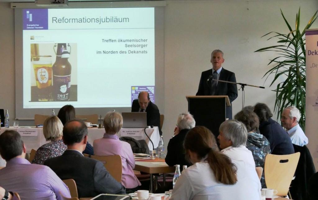 Frühjahrssynode - Bericht Dekan Bertram, Foto: Hofmann-Laveuve