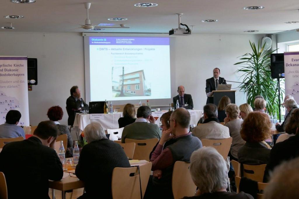 Frühjahrssynode - Bericht Andreas Karau, Foto: Hofmann-Laveuve