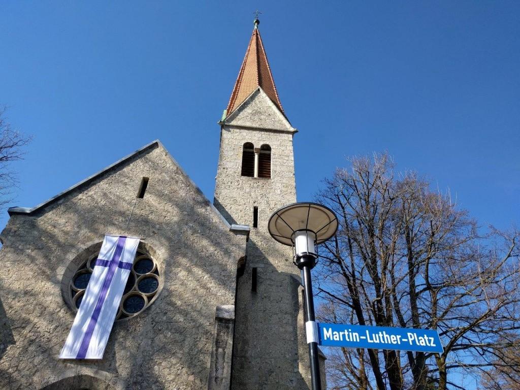 Umbenennung Martin-Luther-Platz, Foto: Stahl